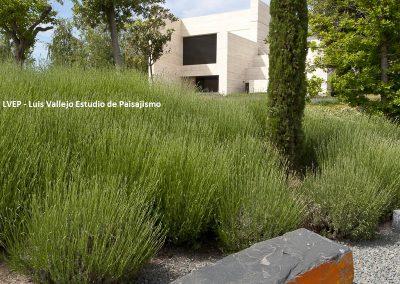 Monoliths private garden 2